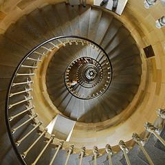 Découvrez la liste des sites, monuments à visiter sur l'ile de ré ARS – L'Eglise Saint-Etienne des XIe et XVe siècles se distingue par une partie romane et une partie […]